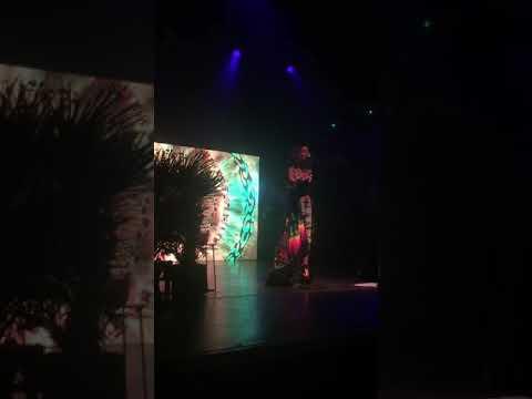 JHene aiko - oblivion live London koko trip tour