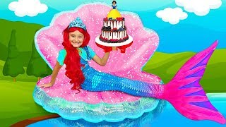 Sasha plays the Princess Contest and Making her new Room \u0026 Dresses up as a Mermaid