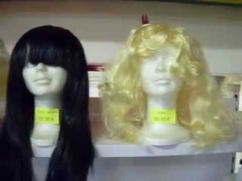 Pelucas D articulos de fiesta verdaguer barcelona - YouTube b81a0f85422