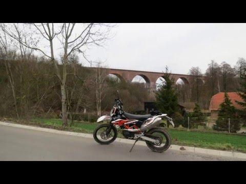 Motocyklem po Polsce 2015  : KTM 690 Enduro : Wiadukt kolejowy w Buszkowie