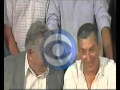 "Presidente do Uruguai chama Kirchner de ""velha"" e ""teimosa"""