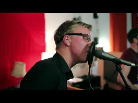 MIKROKOSMOS23 - Wie kommst du an (live at lala studios)