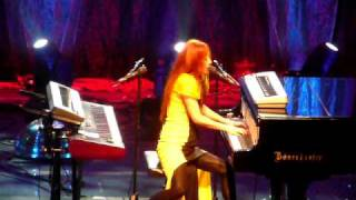 Tori Amos - Josephine @ Count Basie Theatre NJ 08-14-2009
