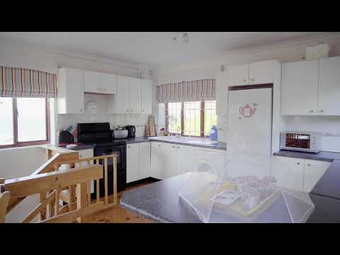 Four Bedroom House For Sale In Fish Hoek (3972451)