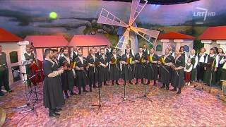 """Gruzinų folkloro kolektyvas """"Chveneburebi"""