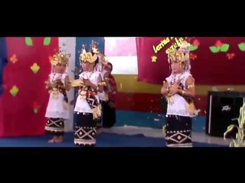 Tari Sembah (Lampung Tradisional Dance)