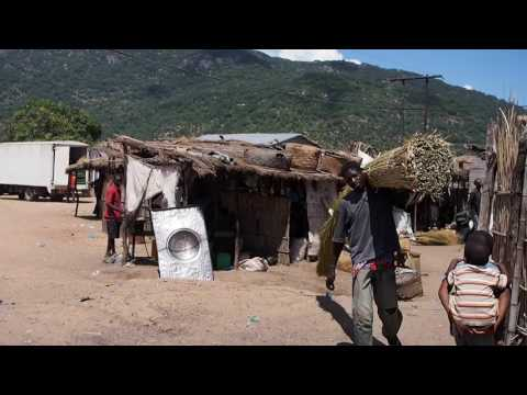 Malawi - Malawi Lake - Daily life at Cape Maclear