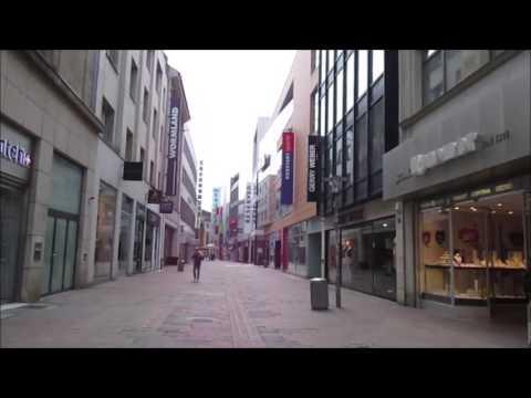 Spaziergang in Hannover durch das Stadtzentrum am Sonntag