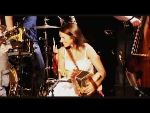 Sharon Shannon Blackbird Live at Dolans
