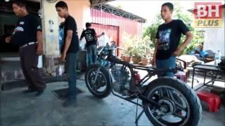 Ubah suai motosikal klasik hanya bagi puas hati