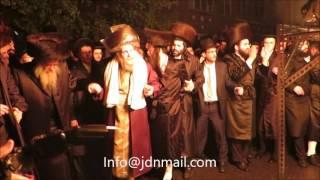 Lag Baomer 5777 With Lelover Rebbe In NY