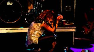 Nikka Costa - Everybody Got Their Something (live at Highline Ballroom, NYC - Jul. 14 2011)
