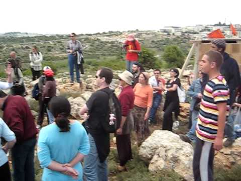 Jewish Settlers Sing Hatikva in Response to Palestinian-Israeli Protest of Illegal Outpost