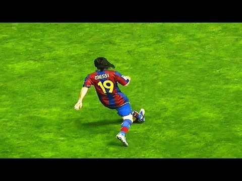 Lionel Messi — 10 Skills That Were Too Good for His Age ||HD||