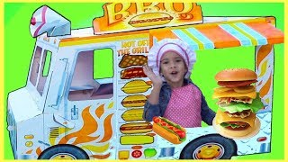 Funny Kids playing w/ Food Truck by Sam and Abby
