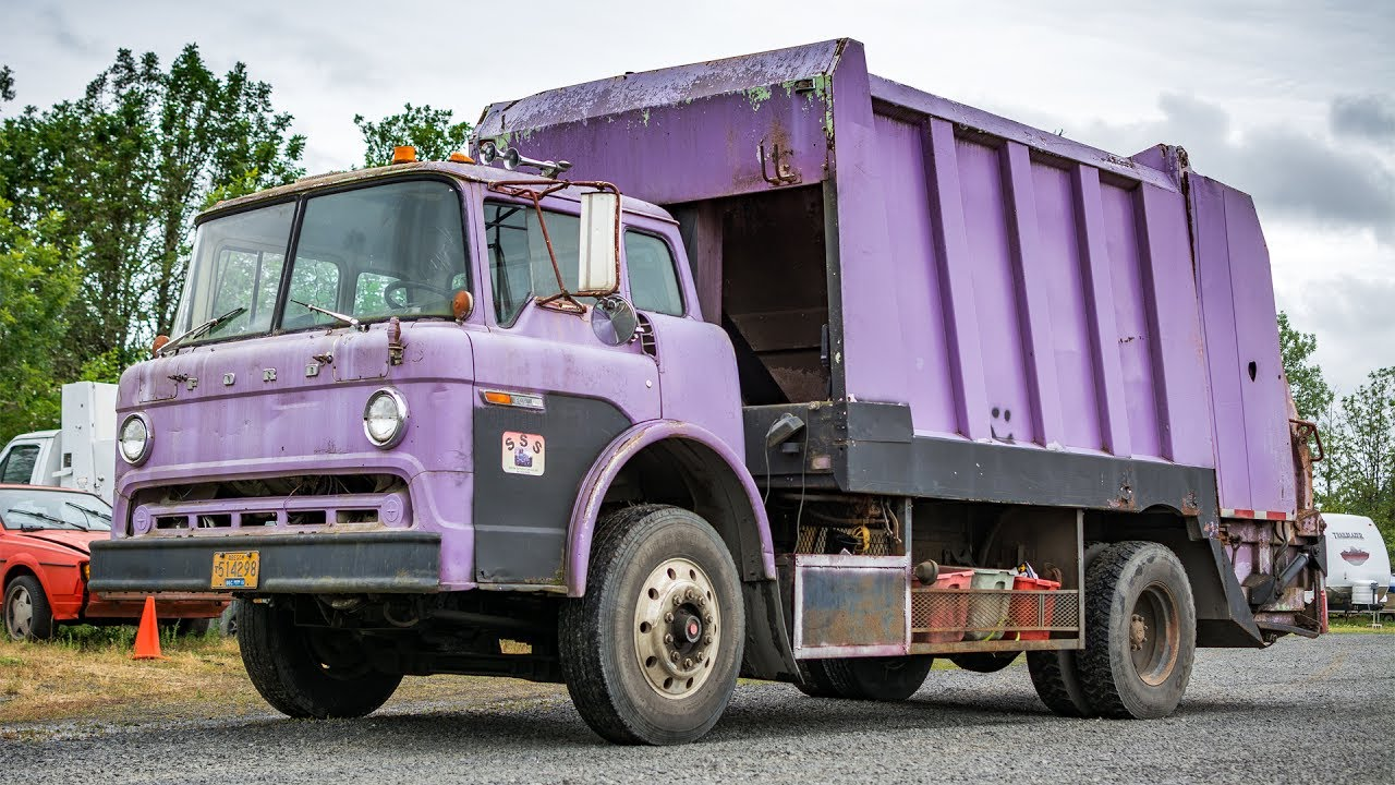 Old Purple Ford C Series Garwood Lp 900 Rear Load Garbage Truck