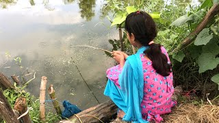 Beautiful Girl Fishing With Hook - Traditional Hook Fishing in Village Daily Life (Part-281)