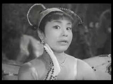 Misora Hibari In Shichihenge Tanukigoten (clip 2)