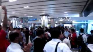 Cricket World Cup Final Moments at Mumbai Airport
