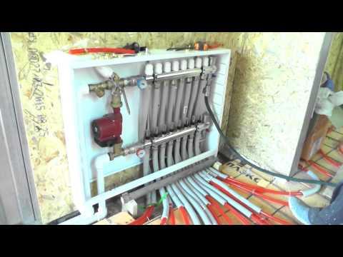 видео: Как сделать тёплые полы,часть 4    заполнение водой петель пола, опрессовка системы