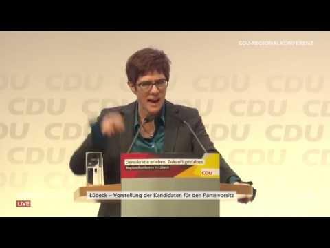 Vorstellung der Kandidaten für den CDU-Parteivorsitz bei der Regionalkonferenz in Lübeck am 15.11.18