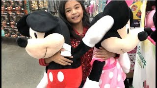 Huge Minnie Mouse & Mickey Mouse at Costco Toy Hunting Great Gift Ideas | Toys Academy