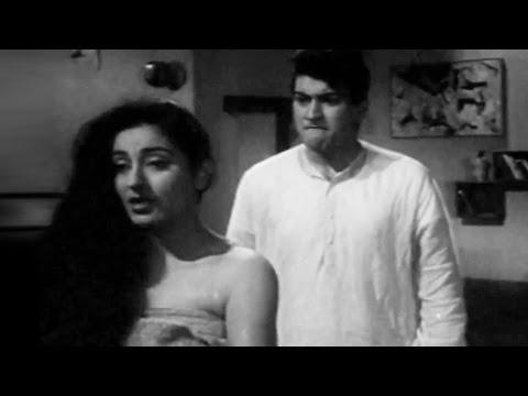 Manoj Kumar Gets Jealous From Shobha | Manoj Kumar, Shobha Khote | Picnic (1966) | Scene 13/15