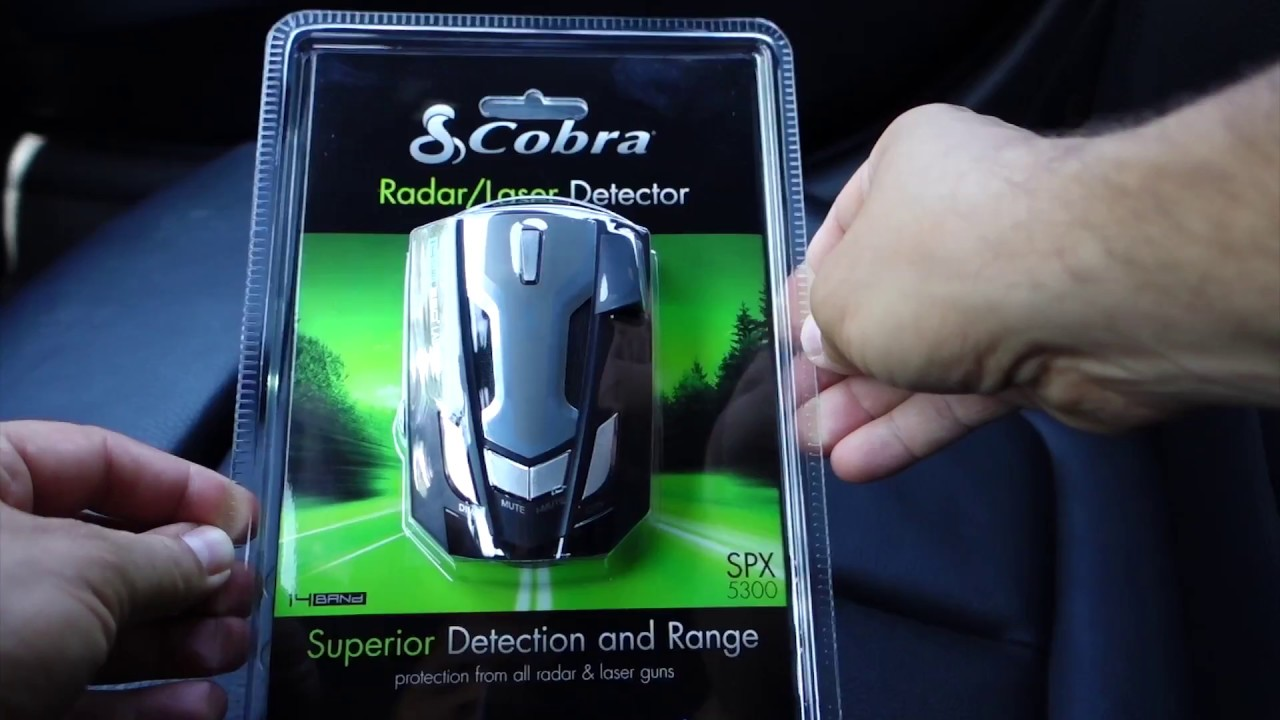 Review Cobra SPX 5300 - Ultra-High Performance Radar/Laser Detector with  UltraBright Data Display