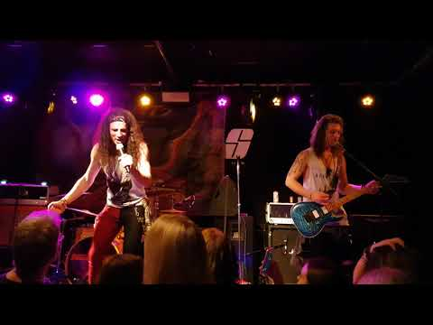 Saints of Sin - Dude Looks Like a Lady @ The Joiners - 19.12.2017