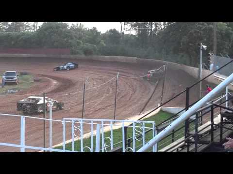 lake cumberland speedway dustin duncan 8-6-11 open wheel hot laps