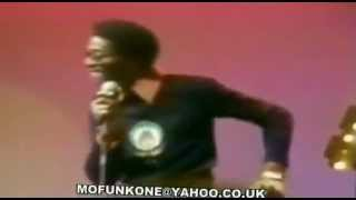 DAVID RUFFIN  WALK AWAY FROM LOVE  with Lyrics ,LIVE 1975 flv