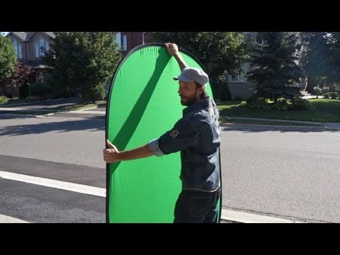 How to Fold a Portable Green Screen