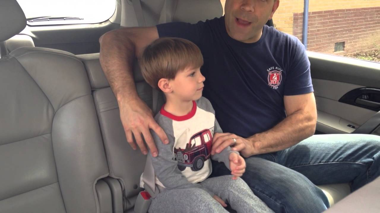 Traveling by Taxi with a Child - YouTube