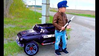 الضابط سينيا والشرطة له قصص للأطفال
