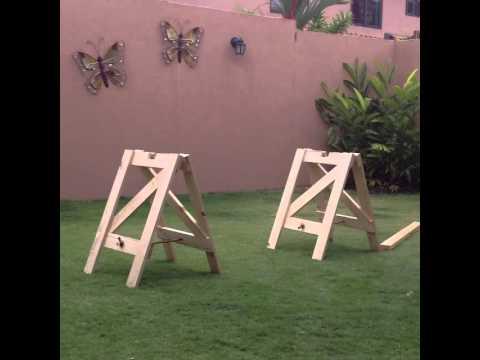 Time-lapse mesa plegable -pino- caballetes #OsFurniture - YouTube