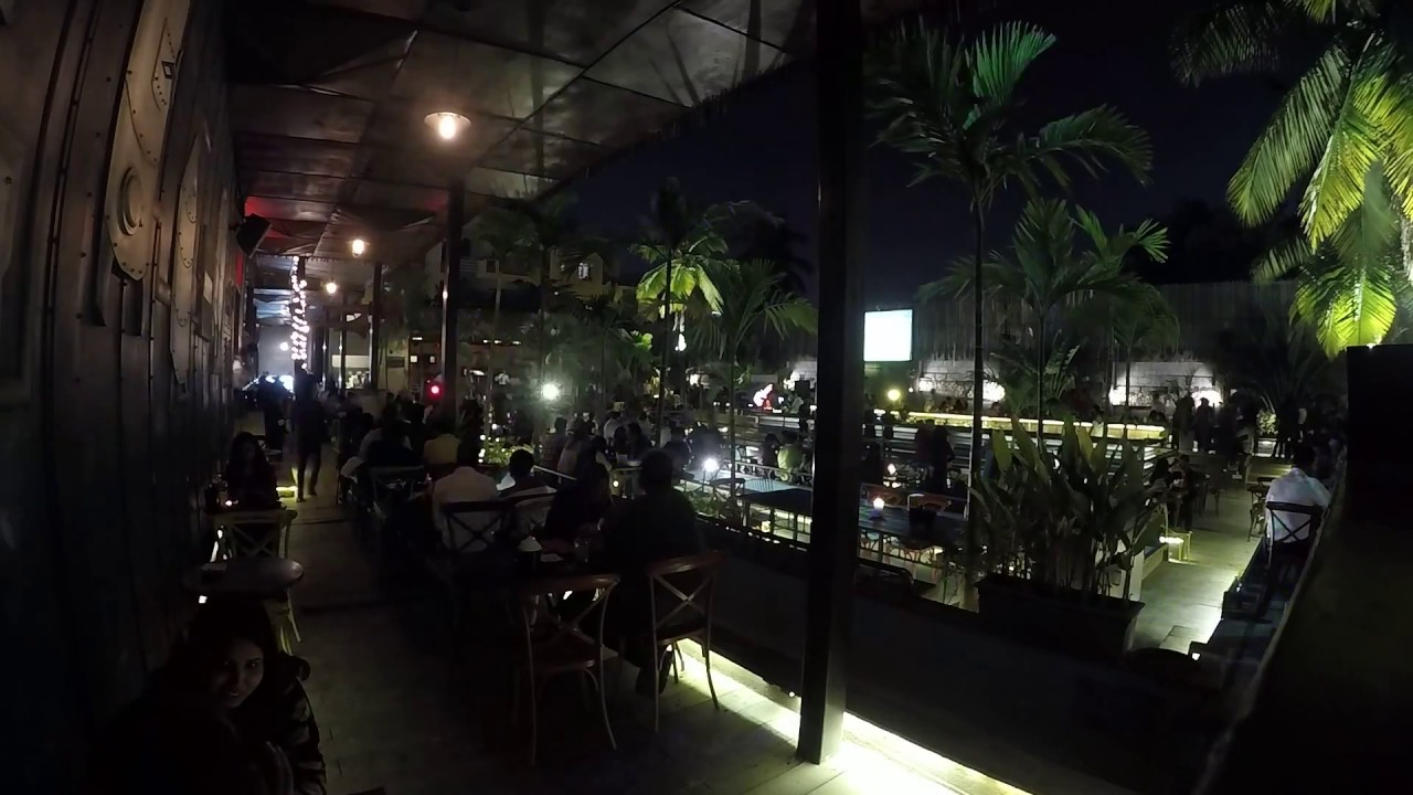 HOOT cafe n brewery | Bangalore | Sunday Live Band | TIME-LAPSE