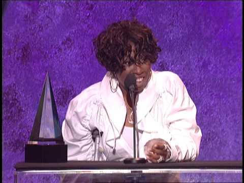 Missy Elliot Wins Rap/Hip Hop Female Artist - AMA 2005