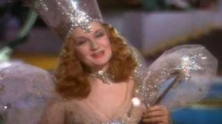 "Glinda the ""Good"" Witch is a jerk"