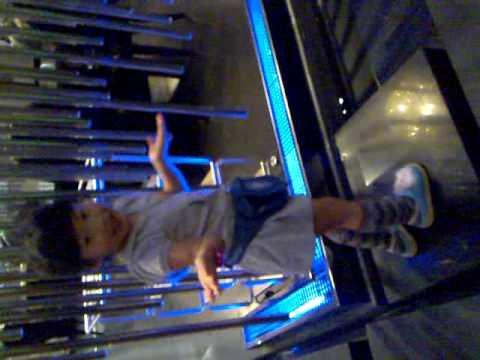 Didi strutting her stuff at hotpot restaurant, palm springs