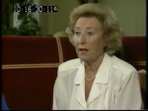 Dame Vera Lynn Interview - Mavis Catches up - 1990