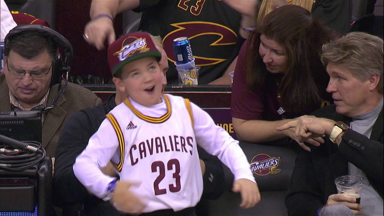 young cavaliers fan goes wild youtube. Black Bedroom Furniture Sets. Home Design Ideas