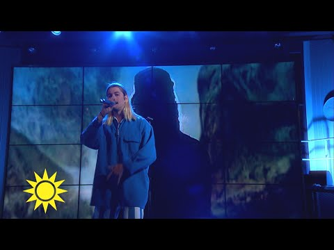 """Fricky med låten """"Aqua Aura"""" - Nyhetsmorgon (TV4)"""