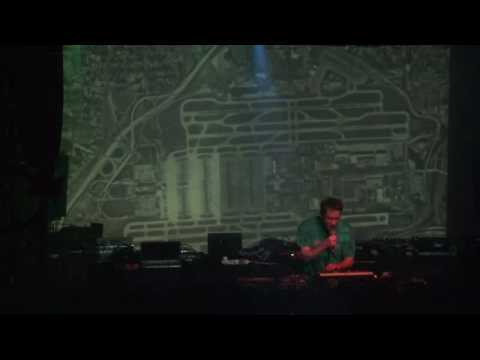 STALKER AKA AUDDIE LIVE ACT /PARIS 07 /ALL YOU NEED IS EARS/