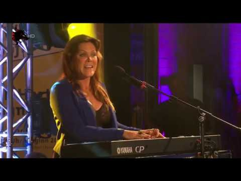 Beth Hart & Jon Nichols - Good Day To Cry (live In Germany)