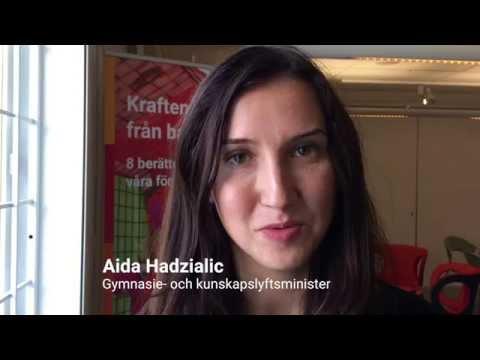 Aida Hadzialic på besök i Helsingborg