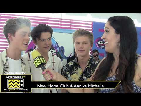 Teen Choice Awards 2017 | New Hope Club | AfterBuzz TV Red Carpet