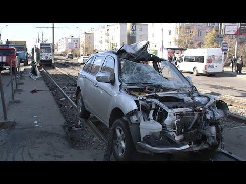 Что стало причиной страшного ДТП в Улан-Удэ. Мнения экспертов