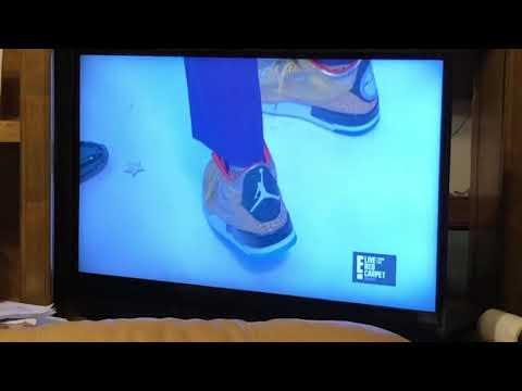 Spike Lee Wears Gold Nike Jordans At 91st Oscars #eTalkRedCarpet #Oscars
