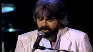 "Michael McDonald - ""I Keep Forgettin"" 1982"