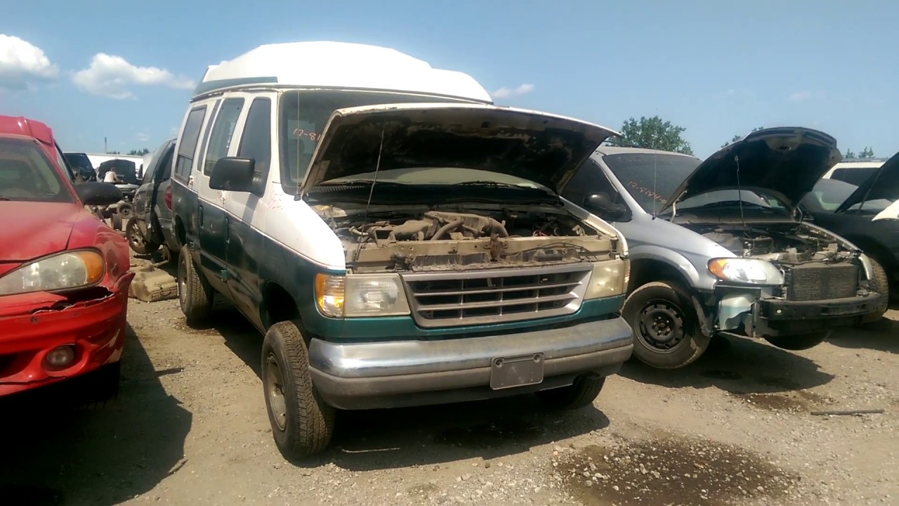 early 90s ford econoline conversion van at the junk yard youtube. Black Bedroom Furniture Sets. Home Design Ideas